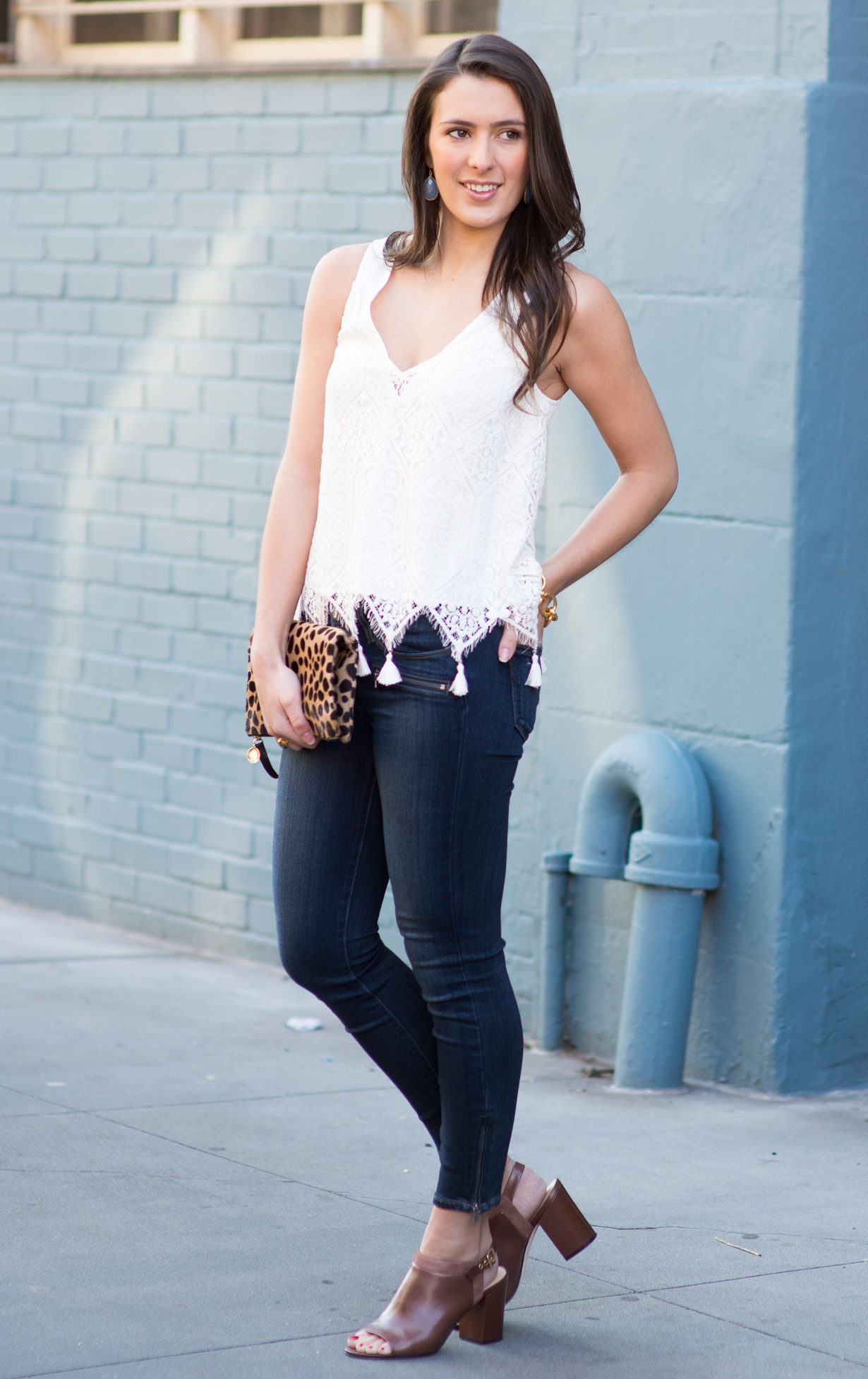 skinny-jeans-clare-v-leopard-clutch-and-ramy-brook-tank