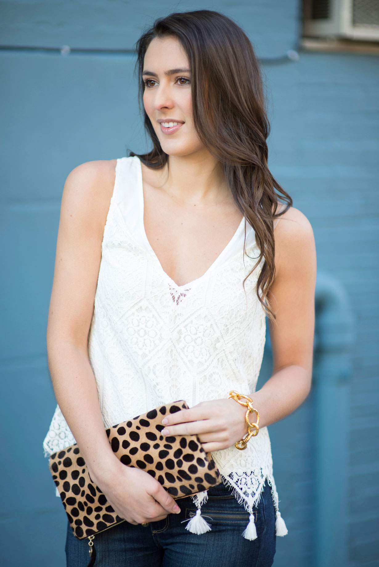 white-lace-tank-ad-jeans