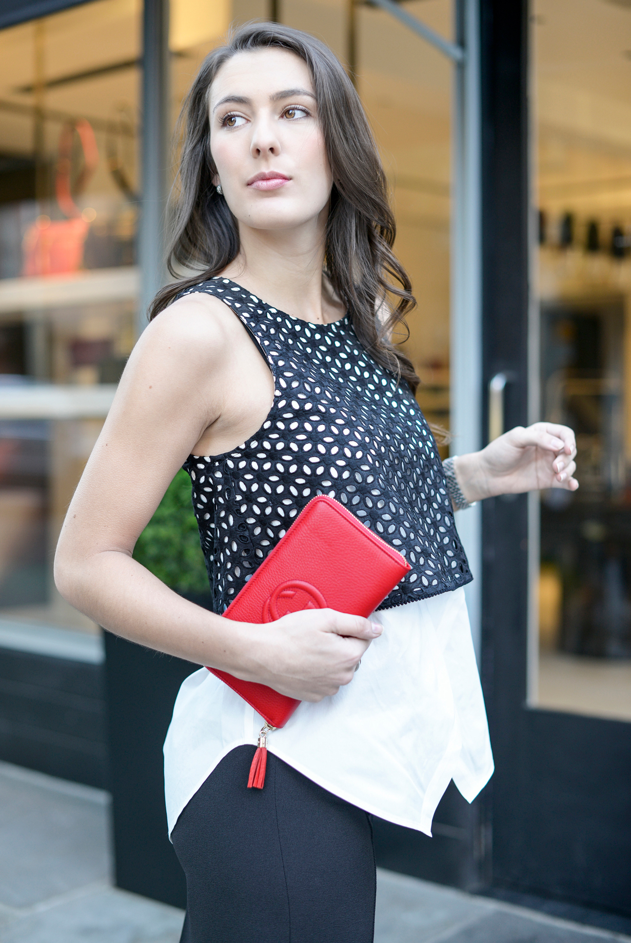 red-gucci-wallet-eyelet-derek-crosby-top